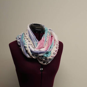 AMERICAN EAGLE infinity aztec scarf pink